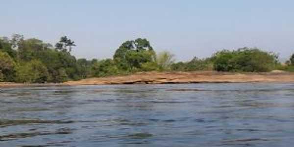 rio itapemirim distrito de  pacotuba , Por Mirim