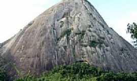 Pancas - Pedra Leitão  foto Andre Bonacin