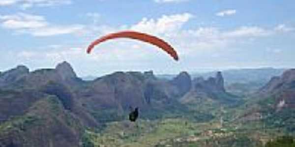 Paragliding em Pancas-Foto:W.F. Bergman