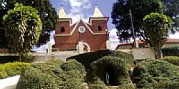 Igreja Católica em Paraju-Foto:Hércules Oliveira Go…