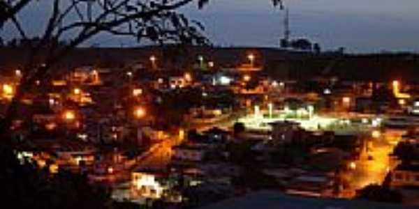 Vista noturna de Presidente Kennedy-Foto:André Jordão