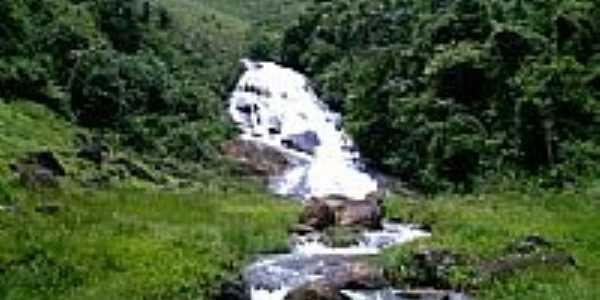 Cachoeira em Rio Calcado-Foto:vanderlir Müller Est…