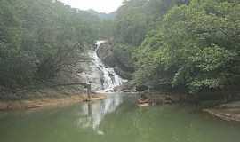 Santa Leopoldina - Santa Leopoldina-ES-Cachoeira da Fumaça-Foto:superagradavel