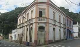 Santa Leopoldina - Santa Leopoldina-ES-Casarão antigo no centro-Foto:superagradavel