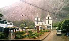 Santa Luzia do Azul - Igreja Matriz  foto por Roger Macedo