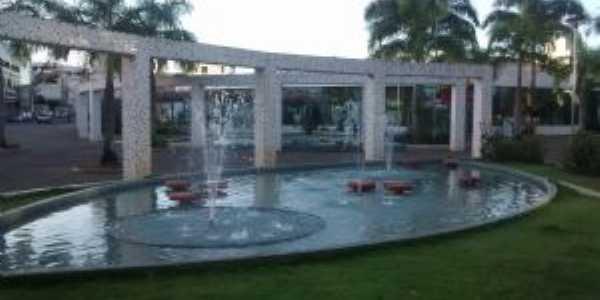 Praça em São Gabriel da Palha, Por DENISE PIMENTA