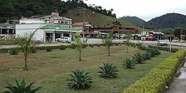 São João de Viçosa-ES-Praça na entrada da cidade-Foto:Marcio GP