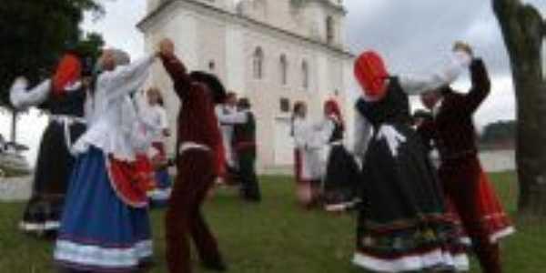 Grupo de dança Portuguesa os Açorianos, Por marcio j sinhoreli