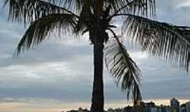 Vila Velha - Praia da Costa-Foto: EBFranca
