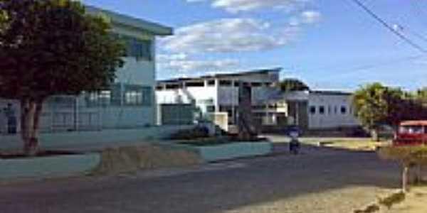 Escola Pe.Manoel da Nóbrega e Hospital de Vinhático-Foto:Marclis
