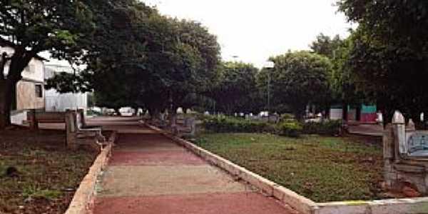 Adelândia-GO-Praça central-Foto:wender marques