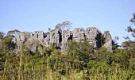 Água Fria de Goiás - Selva de pedras - caminho Água Fria-Planaltina-GO por Claudemir Vanceta