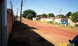 Águas Lindas de Goiás - Rua da cidade de Águas Lindas de Goiás-Foto:celsohl