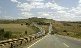 Alexânia - Alexânia-GO-Rodovia BR-060-Brasília/Goiânia-Foto:André Bonacin