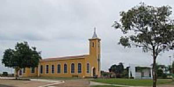 Matriz de São João Batista em Amaralina-GO-Foto:Arolldo Costa Olivei…