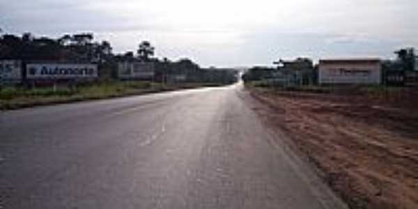 Aragarças-GO-Rodovia em Aragarças-Foto:Diego Sena