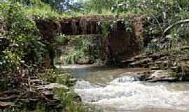 Aragoiânia - Aragoiânia-GO-Ponte sobre o Córrego-Foto:Paulo Santhiago A. J…