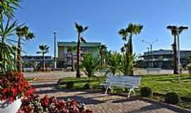 Aragoiânia - Aragoiânia-GO- Praça Santa Luzia-Foto:Arolldo Costa Olivei…