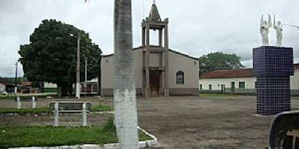 Auriverde-GO-Praça central e Igreja Matriz-Foto:Angel-Velasco