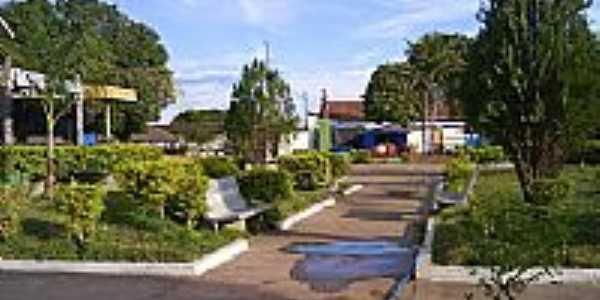 Praça em Bandeirantes-GO-Foto:BlogBandeirantes-GO
