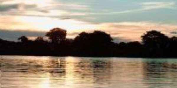 Por do Sol Lago dos Tigres, Por luiz. A.  Camargo