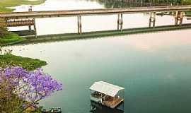 Caçu - Ponte sobre o Rio Claro na GO-206, perímetro urbano de Caçu-GO