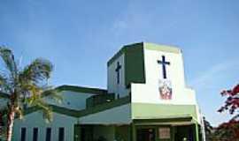Caçu - Igreja do Sagrado Coração de Jesus em Caçu -GO-Foto:Vicente A. Queiroz