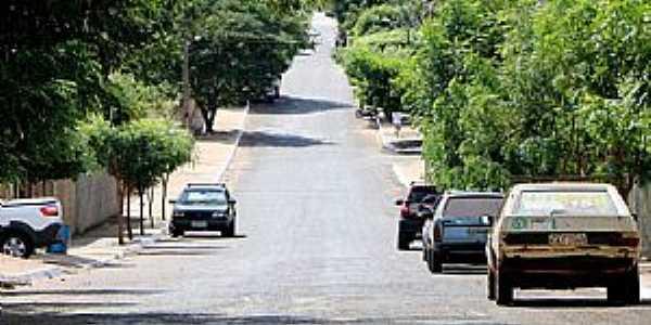 Rua Paula e Silva, Setor Arco-Íris, Caçu-GO.