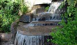 Caldas Novas - Cachoeira do Monumento das Águas em Caldas Novas-GO-Foto:eliaspinheiro