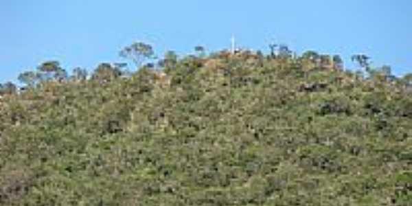 Morro da Cruz em Campos Belos, por Dimas Justo.