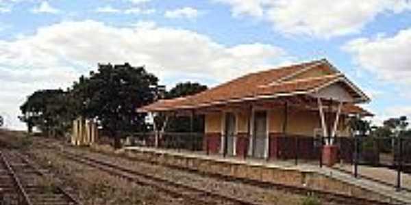Caraíba-GO-Estação Ferroviária do Povoado em 2006-Foto:Rafael Cintra