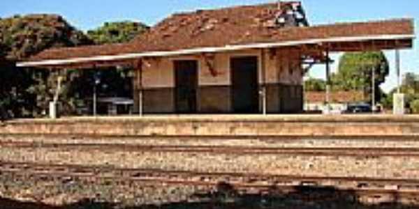 Caraíba-GO-Estação Ferroviária do Povoado em 2006-Foto:Roberto Fonseca Dias.