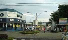 Catal�o - Avenida na regi�o central da cidade de Catal�o-Foto:mochileiro.tur.