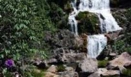 Cavalcante - Cachoeira Canduru, povoado Kalunga, Por Marcello Hohlenwerger