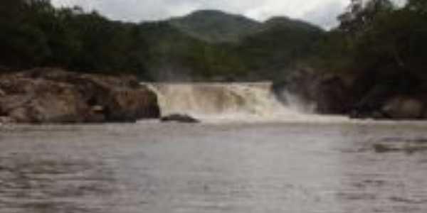 Cachoeira das pedras Bonitas, Por Thamaris Ribeiro