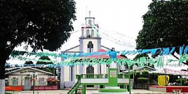 Canutama-AM-Praça e Igreja Matriz-Foto:Fares Nery
