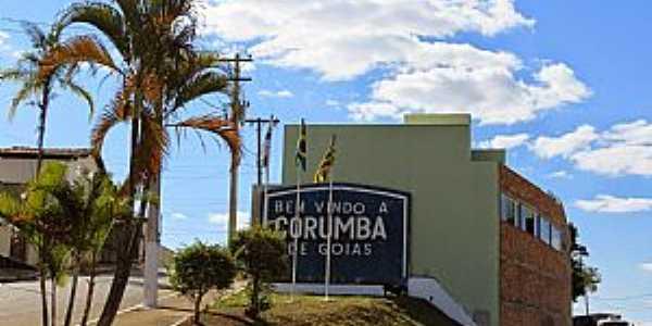 Corumbá de Goiás-GO-Entrada da cidade-Foto:Marc Ferr