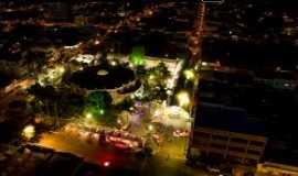 Cristalina - Centro da cidade à noite, Por Lucas Lopes