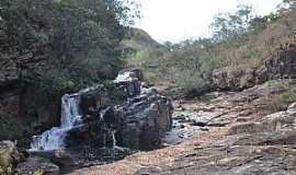 Cristalina - Cristalina-GO-Rio Topázio,rio que corre pela parede-Foto:João Carlos Machado