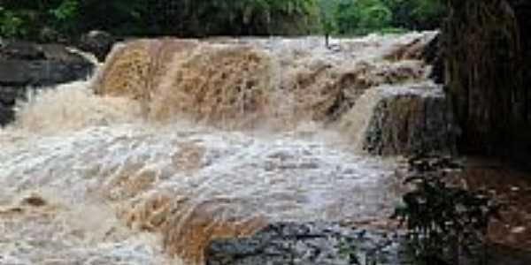 Diorama-GO-Cachoeira do Quebradão no Rio dos Bois-Foto:cleidnei barbosa machado