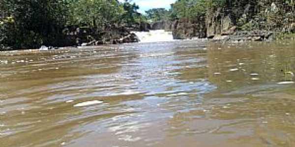 Diorama-GO-Cachoeira Ponte de Pedra no Rio dos Bois-Foto:Arneide Machado