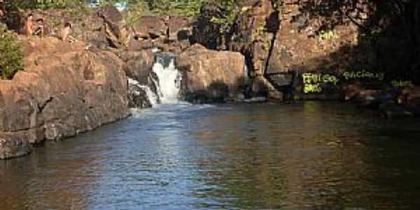 Diorama-GO-Cachoeira Ponte de Pedra no Rio dos Bois-Foto:odair carlos