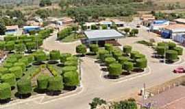 Divin�polis de Goi�s - Pra�a por marcoarelio