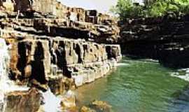 Doverlândia - Panorâmica Cachoeira do Alvino - Rio do Peixe em Doverlândia-GO - por pauloprl