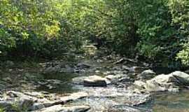 Goiandira - Córrego do Lageado foto karnack