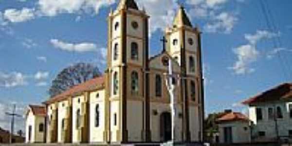 Igreja Matriz Sagrado Coração de Jesus em Goiandira.