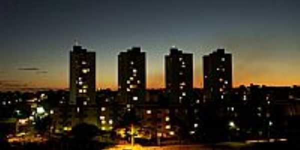 Goi�nia-GO-Vista noturna-Foto:Joventino Neto