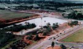 Goiatuba - Vista Aérea do Lago dos Buritis - ainda em obras, Por Wolney Tavares