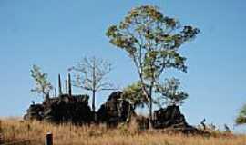 Guarani de Goiás - Paisagem no caminho de Terra Ronca em Guarani de Goiás-GO-Foto:jackson a de moura