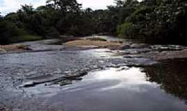 Guarinos - Ribeirão Muquém em Guarinos-Foto:Argeu Teles